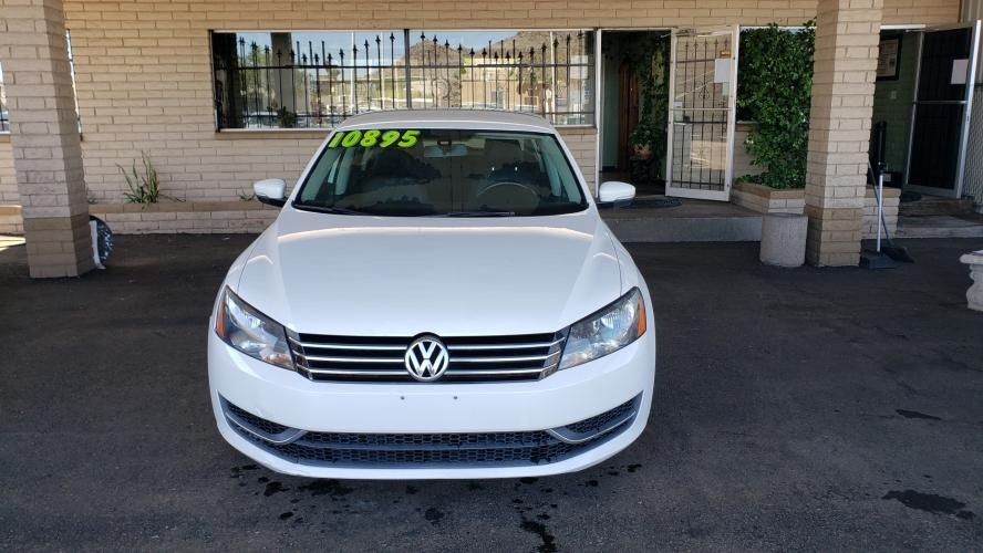 2015 WHITE Volkswagen Passat Wolfsburg Edition 6A (1VWAT7A3XFC) with an 1.8L L4 TURBO DIESEL engine, 6-Speed Automatic transmission, located at 323 E Dunlap Ave., Phoenix, AZ, 85020, (602) 331-9000, 33.567677, -112.069000 - Photo #0