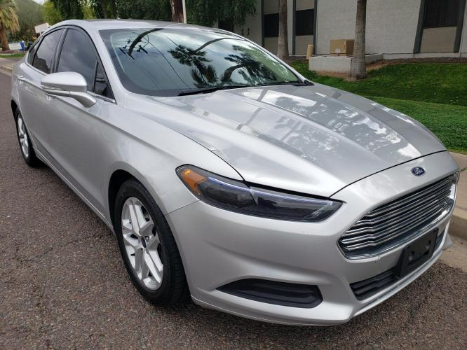 2015 SILVER /GRAY Ford Fusion SE (3FA6P0H72FR) with an 2.5L L4 DOHC 16V engine, AUTO transmission, located at 323 E Dunlap Ave., Phoenix, AZ, 85020, (602) 331-9000, 33.567677, -112.069000 - Photo #0